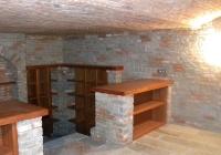 arte-antica-del-sasso-realizzazione-cantina-per-la-conservazione-del-vino-rivestita-in-sasso-con-volte-in-mattoni-a-vista-02jpg