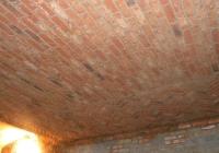 arte-antica-del-sasso-realizzazione-cantina-per-la-conservazione-del-vino-rivestita-in-sasso-con-volte-in-mattoni-a-vista-07jpg
