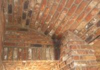 arte-antica-del-sasso-realizzazione-corridoio-con-cupole-e-arcate-rivestito-con-mattoni-a-vista-02jpg