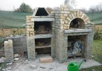 arte-antica-del-sasso-realizzazione-forno-barbeque-fontanella-in-pietra-di-luserna-04jpg